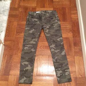 Gap camo ankle jeans